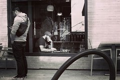 Back to Back. #canon #canon_photos #johnkeraphotography #streetphotography #blackandwhite #cafe #coffeeshop #men #millenials #hipster #photojournalism #photography #photographer #outside #day #california #photoofday
