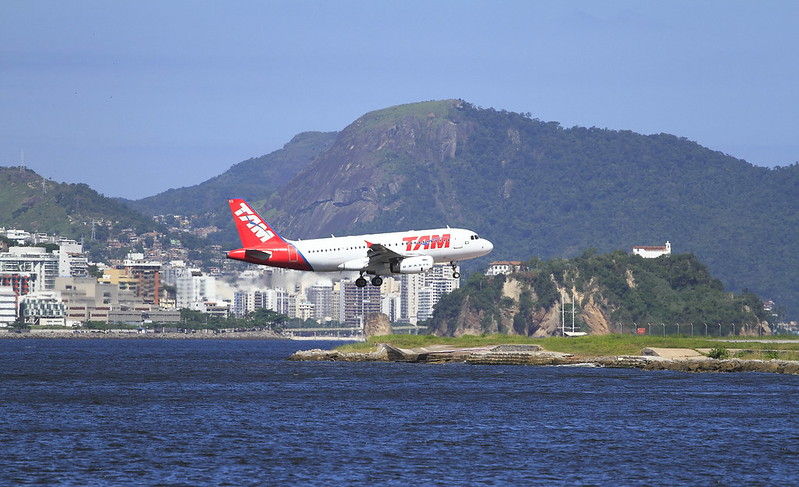 Airport linking the cities in Rio until São Paulo. Santos Dumont Airport - RJ. Every two minutes, a plane takes off toward the two cities.