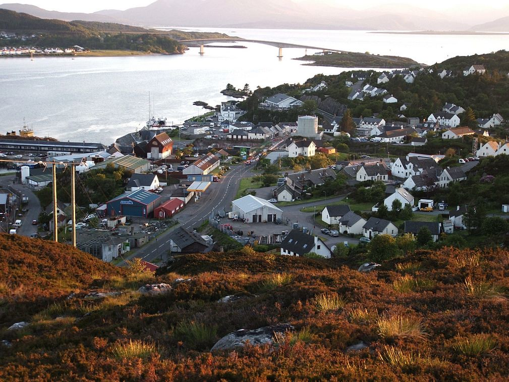 Kyle Of Lochalsh Visitor Guide Hotels Cottages Things