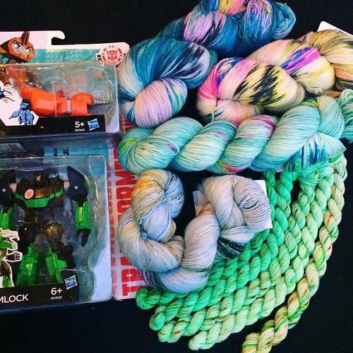 #edinburghyarnfestival day two haul included #transformers for LB. Grimlock and FixIt, meet @labienaimee. #knitting #knitstagram #motherhood #eyf2016 #edinyarnfest #knittersofinstagram
