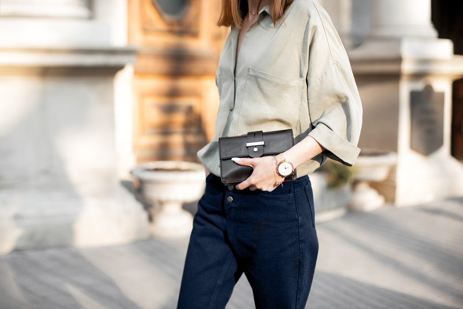 khaki-top-outfit-street-style
