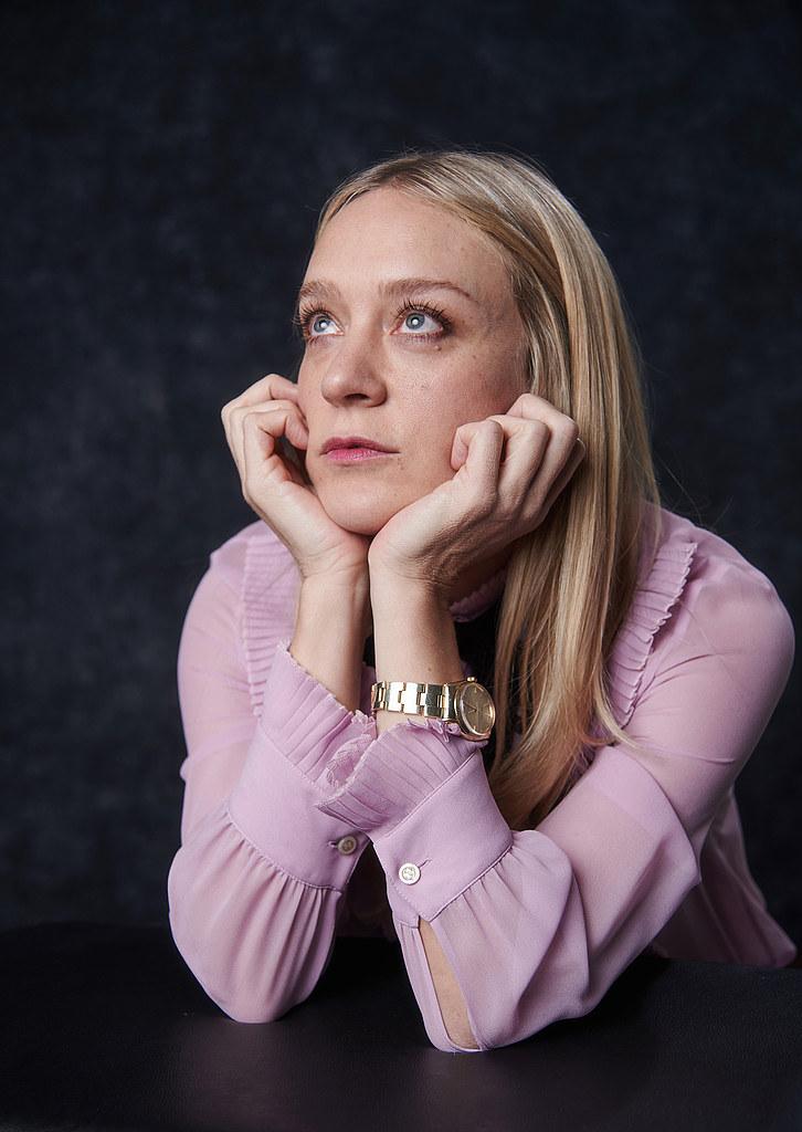 Хлоя Севиньи — Фотосессия для «Любовь и дружба» на «Sundance» 2016 – 37