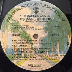 THE DOOBIE BROTHERS:THE CAPTAIN AND ME(LABEL SIDE-B)