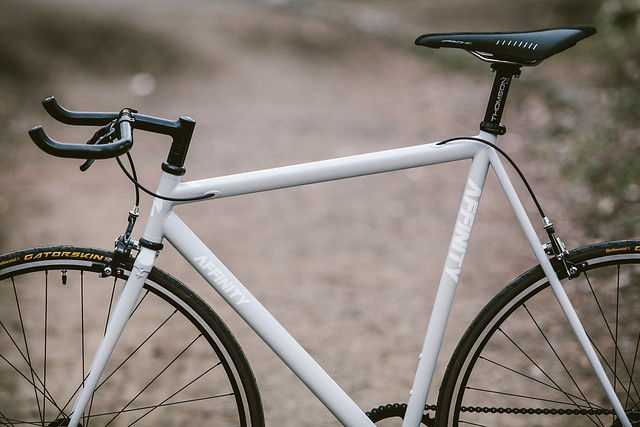 AFFINITY CYCLES - Lopro (snow white)