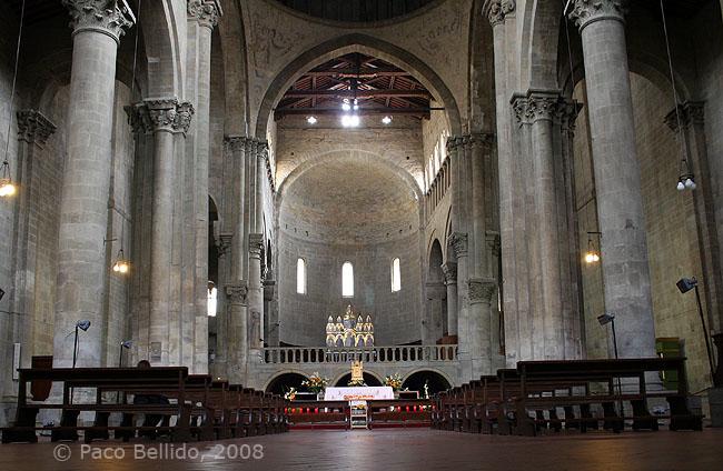 Interior de Santa Maria della Pieve. © Paco Bellido, 2008