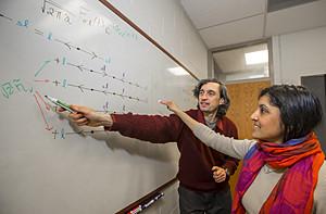 Nayana Shah y Carlos Bolech