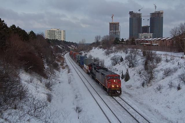 CN Q104 CN 2440 W at Mile 21 York Sub