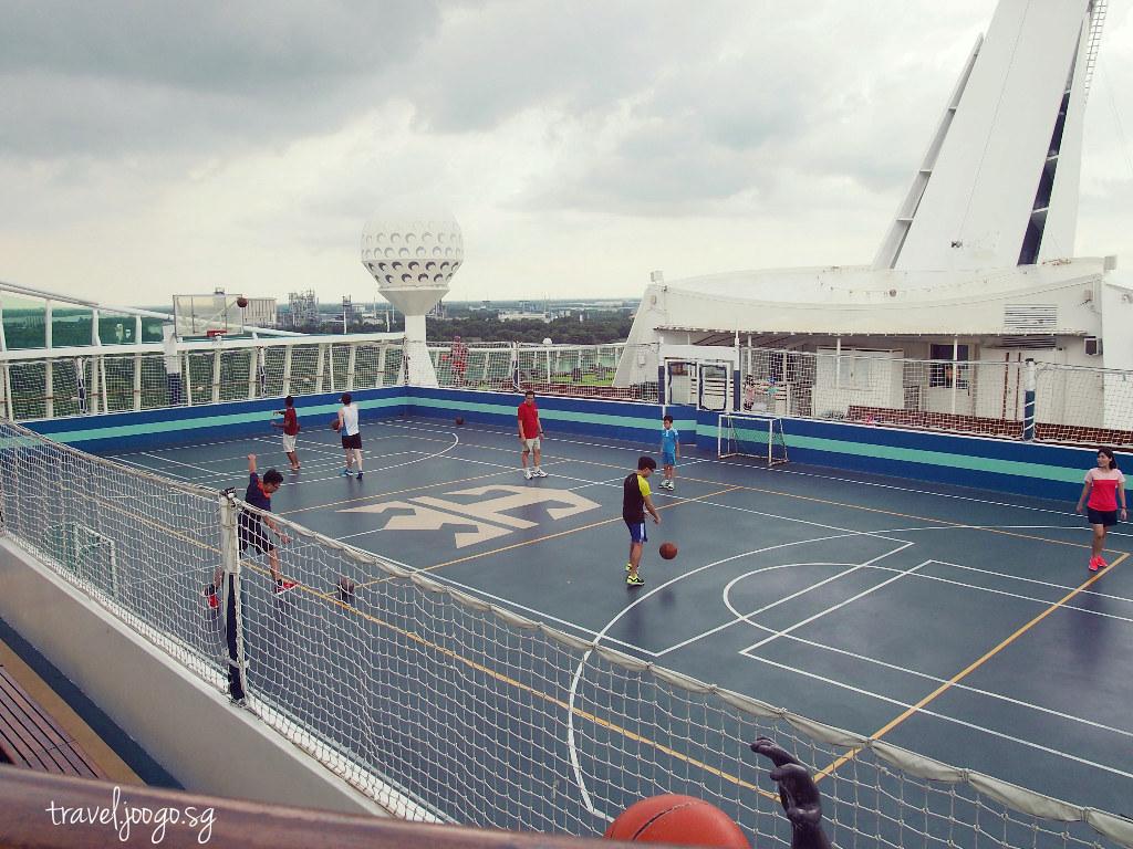 Activities on Mariner of the Seas 2 - travel.joogo.sg