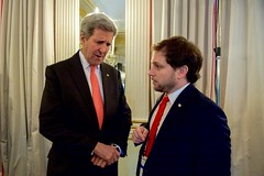 U.S. Secretary of State John Kerry speaks with State Department Chief of Staff Jon Finer on February 12, 2016, at the Bayerischer Hof Hotel in Munich, Germany, before a meeting of the Quartet Principals - from the United States, Russia, European Union, and United Nations - on the sidelines of the Munich Security Conference. [State Department photo/ Public Domain]