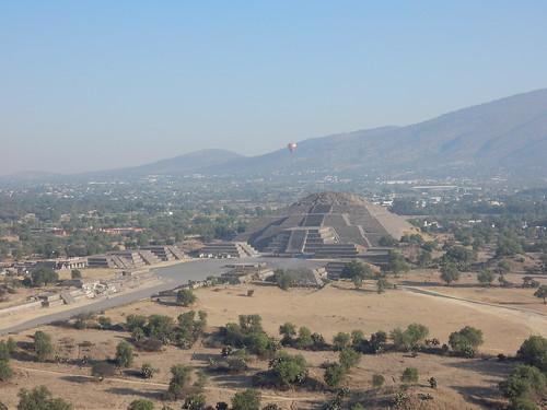 Mexico - Teotihuacan - op Piramide del Sol - 3