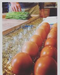 Food Preparation Eggs Asparagus Kitchen yufd40