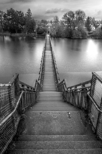 Oxford - Hinksey Bridge black and white