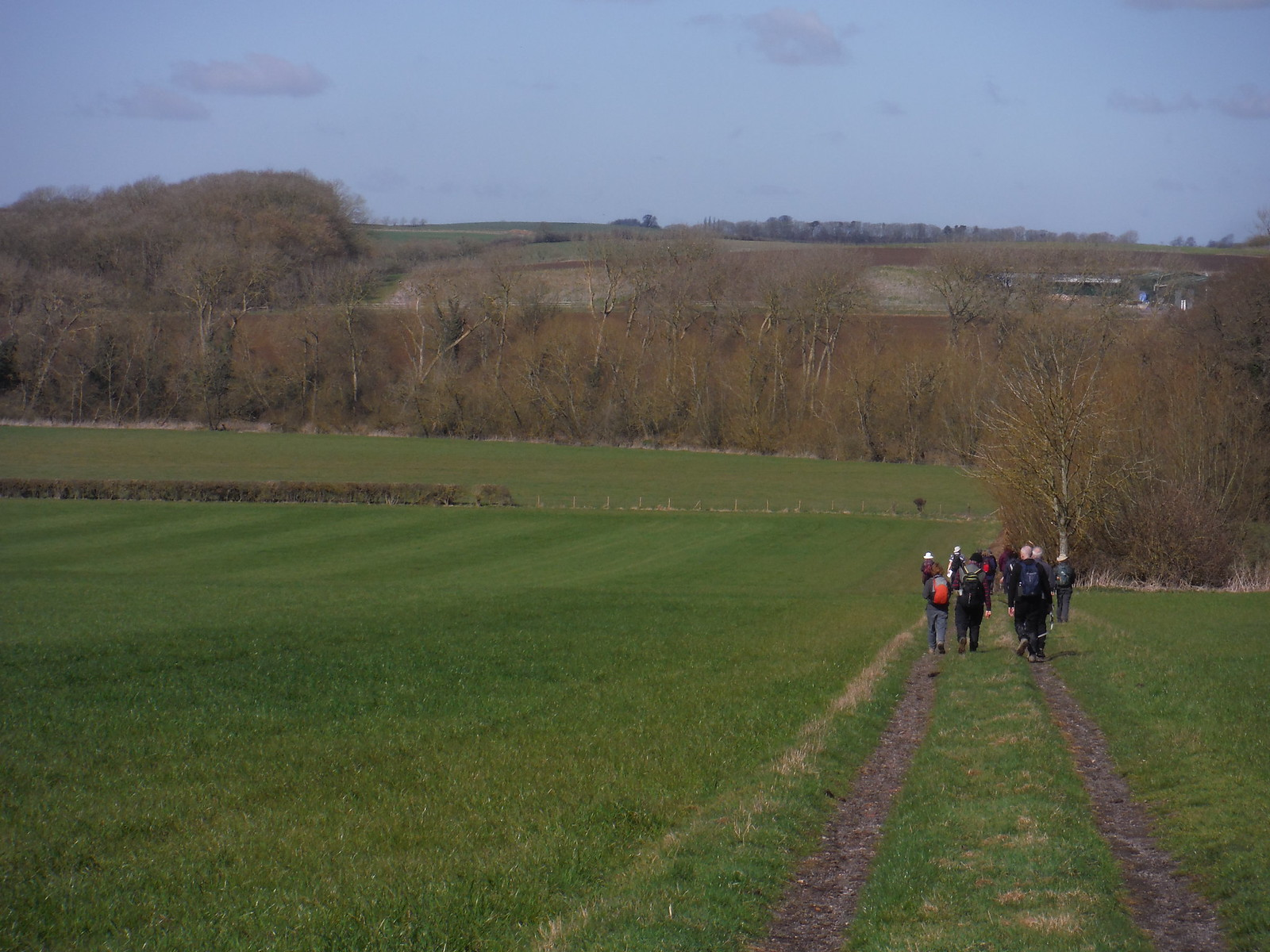 Down into the Thame Valley SWC Walk 193 Haddenham to Aylesbury (via Gibraltar and Ford)