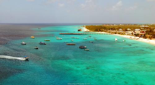 sea beach landscape boats island seaside turquoise shoreline grandturk shore caribbean turkscaicos