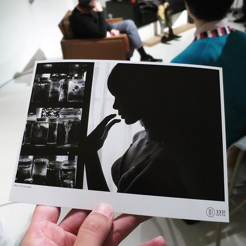 1枚のセルフポートレート作品のために、たくさんたくさんの写真を撮るそう。フイルムの時代は、それこそ1枚の作品のために、フイルムを20本、30本と使ったこともあるそうです。