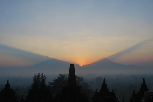 indonesia java buddhism jogja yogyakarta jawa borobudur 日惹 印度尼西亚 borobudurtemple 婆罗浮屠 爪哇 14thsakyadhitaconference 第十四届国际善女人协会大会 婆罗浮屠佛寺 婆罗浮屠佛塔群