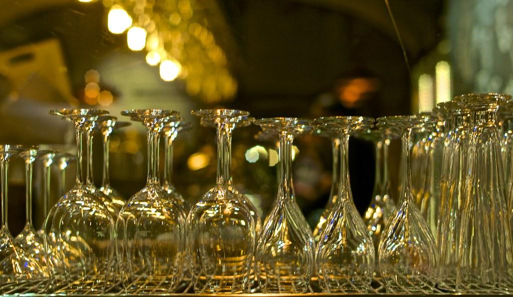 Glass composition in a Lisbon Restaurant shop window