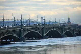 Birzhevoy most.