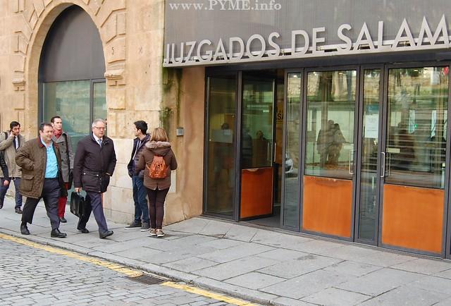 El empresario Benjamín Crespo a la entrada de los Juzgados de Salamanca.