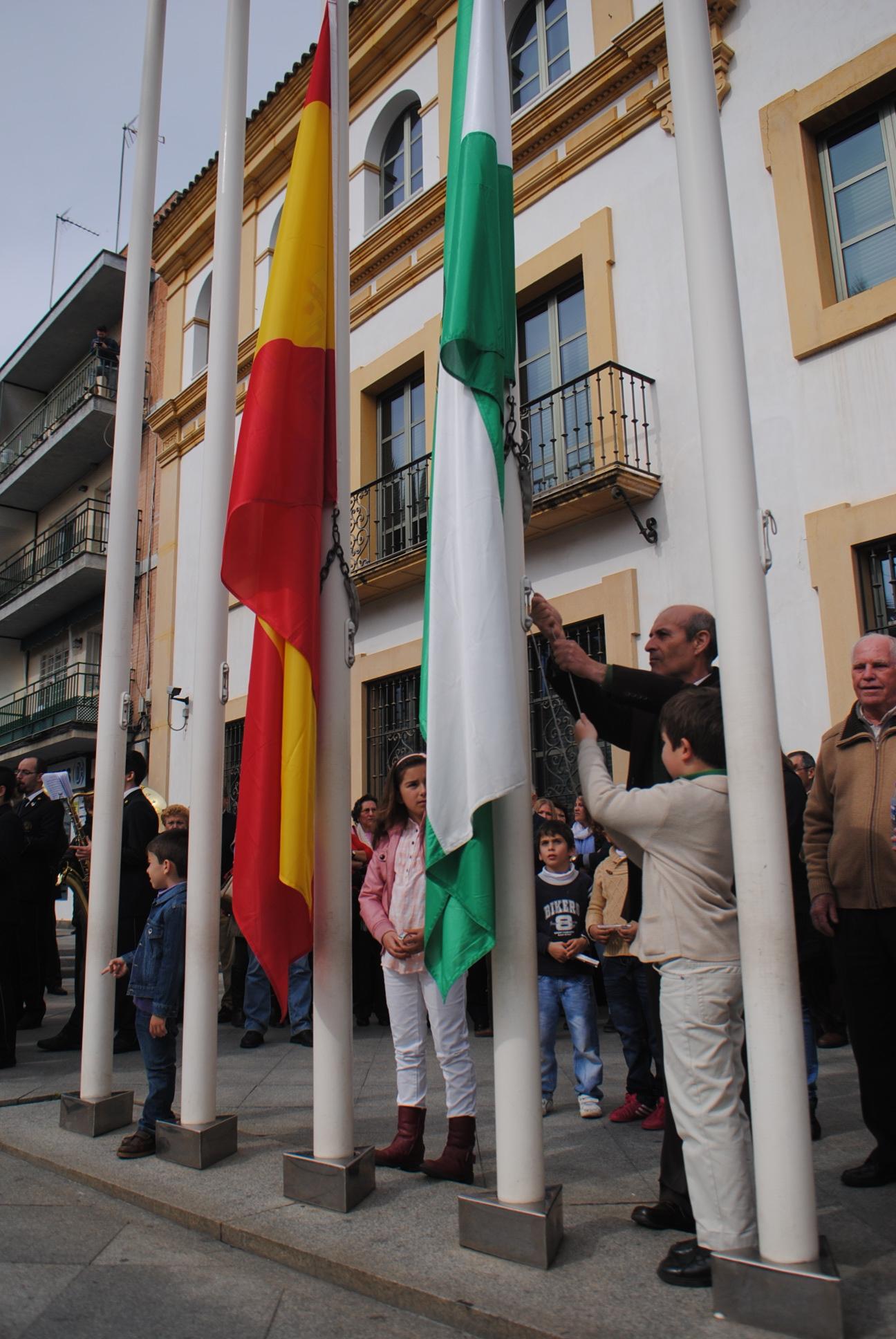 Eduardo Ortega pondrá voz al acto oficial del Día de Andalucía
