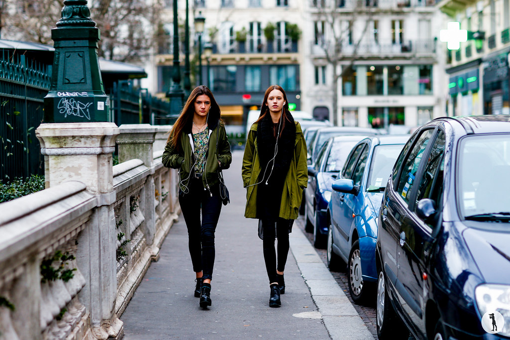 Street style at Paris Fashion Week Haute Couture