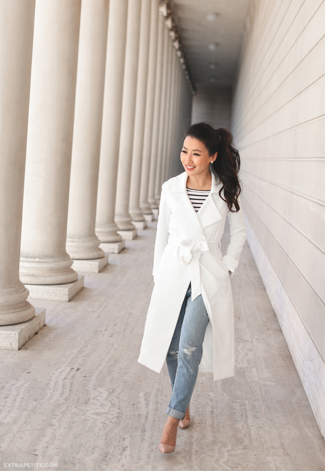 WHBM spring outfit trench coat boyfriend jeans