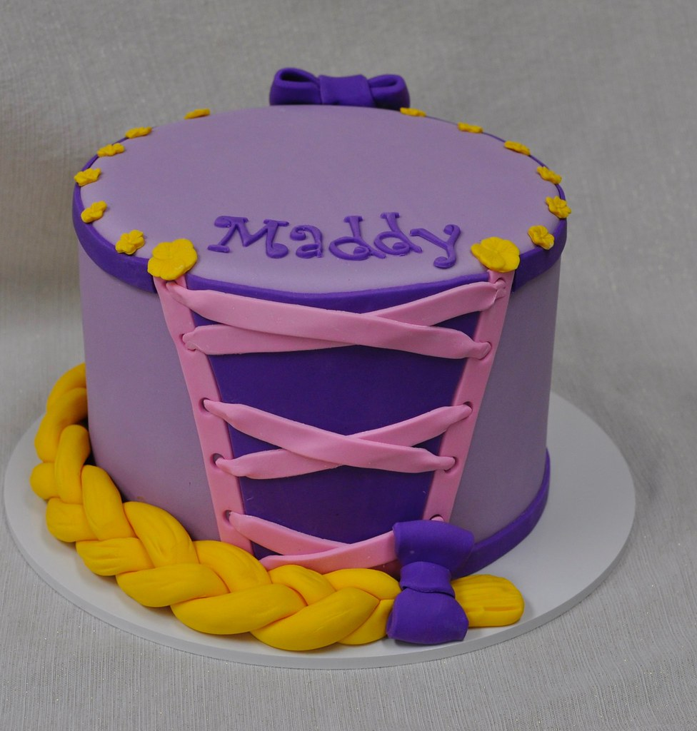 Astounding Tangled Birthday Cake Jenny Wenny Flickr Funny Birthday Cards Online Overcheapnameinfo