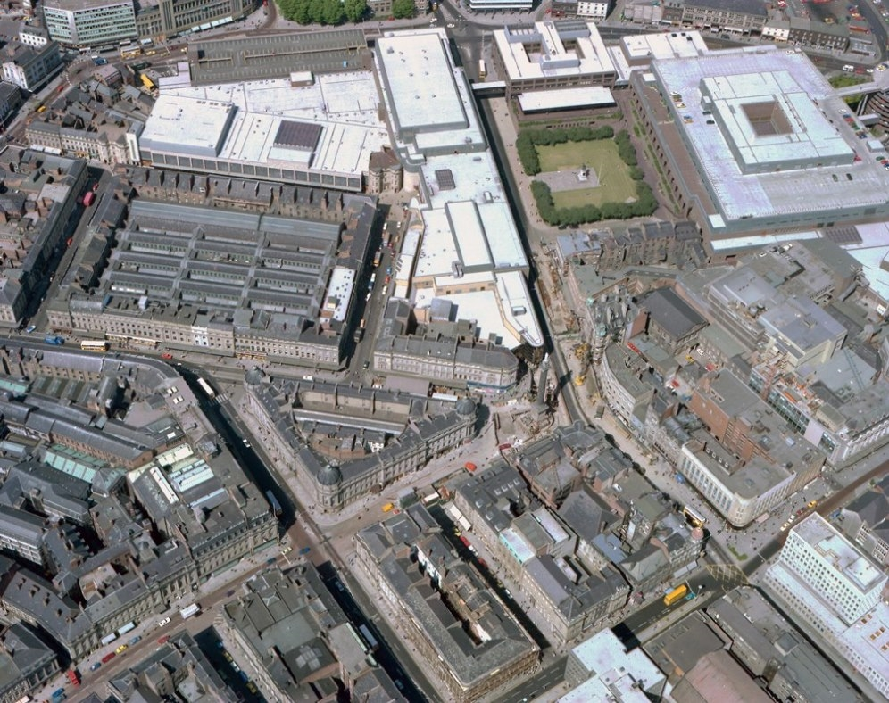 Grey's Monument and surrounding streets, 1978