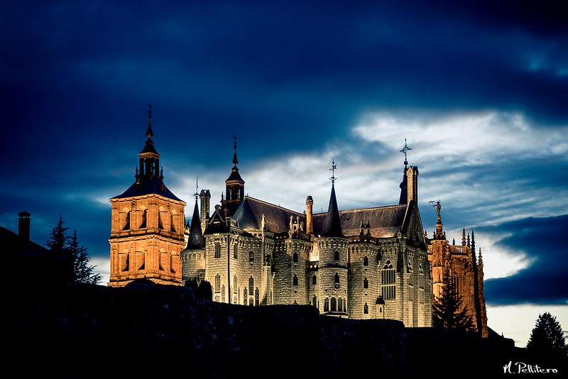 Palacio Episcopal y Catedral de Astorga
