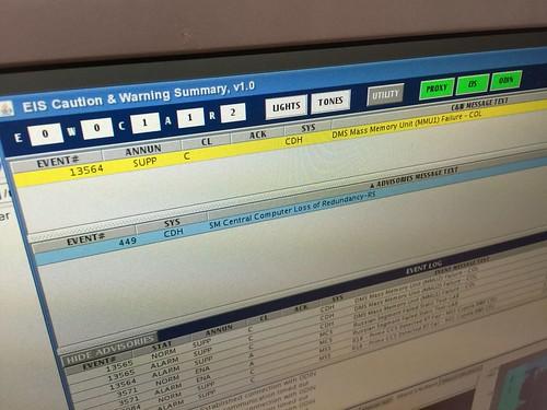 Die Warnung auf dem Monitor im Columbus-Kontrollzentrum