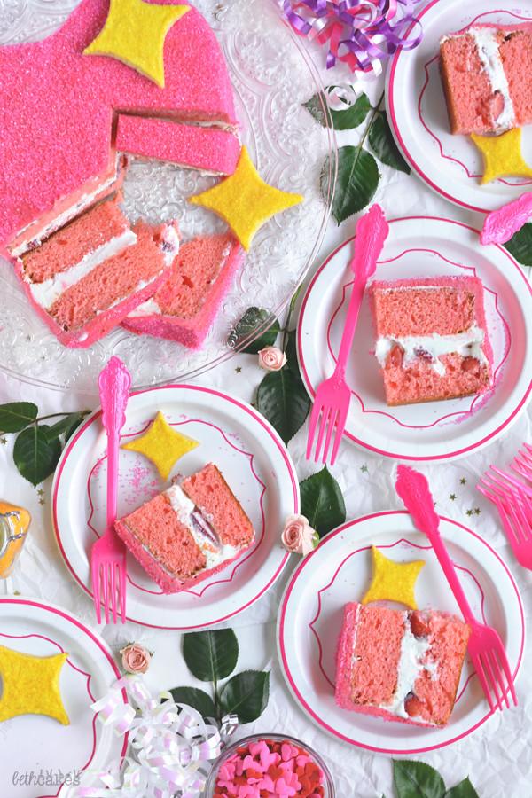 Sparkly Heart Emoji Cake! bethcakes.com