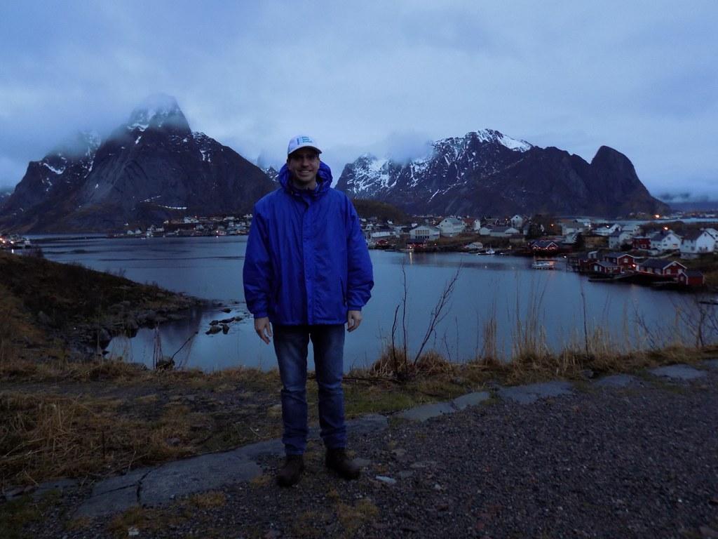 Jan-Erik & Caitlin visit the Lofoten Islands and Reine Norway in December 2015