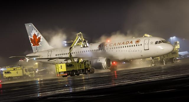 Air Canada A320-200
