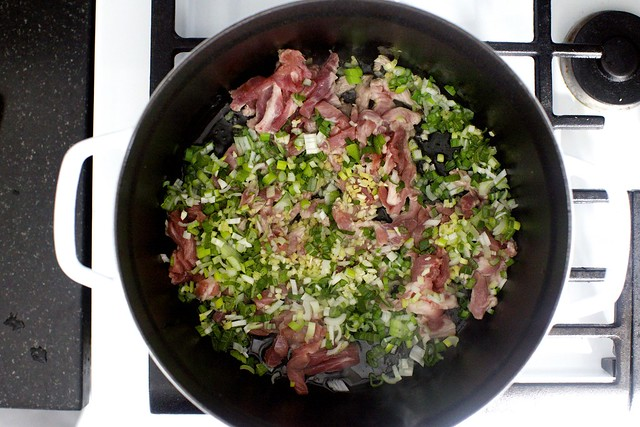 pork, scallions, ginger, garlic, yes