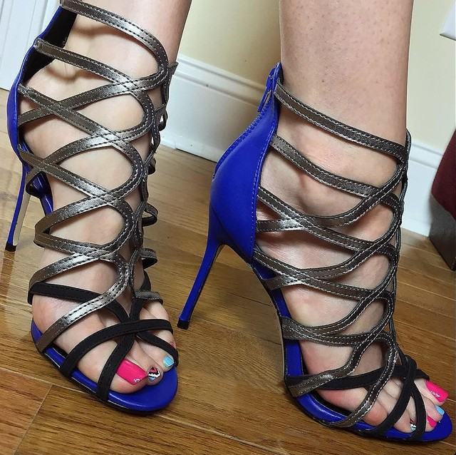 Feet & Shoes (2957)