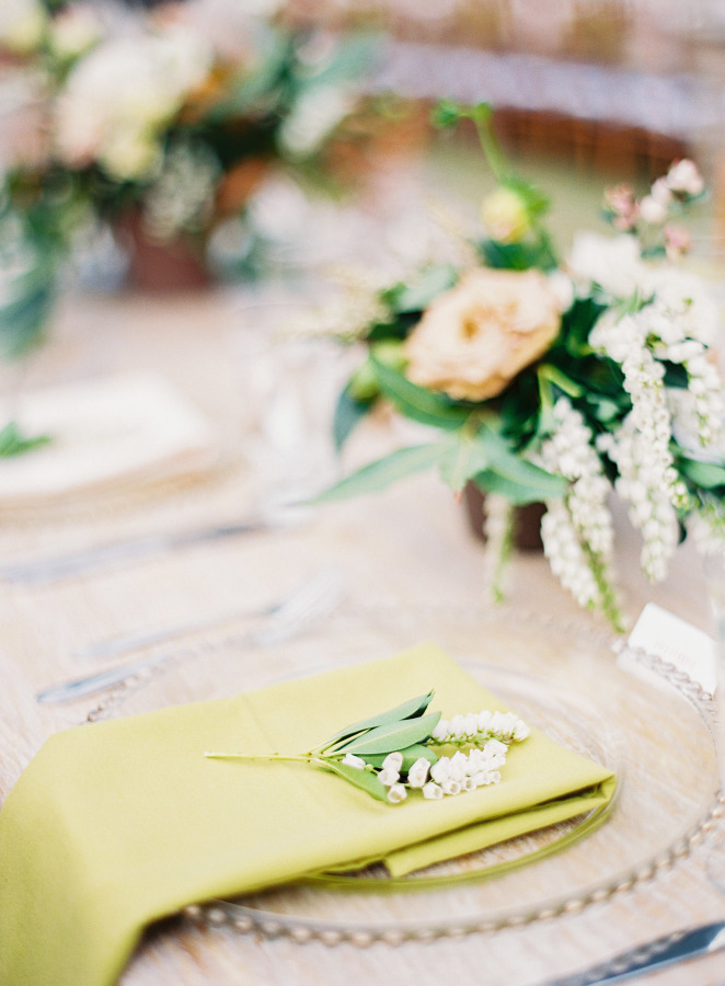 Wedding place setting Lilly of the Valley
