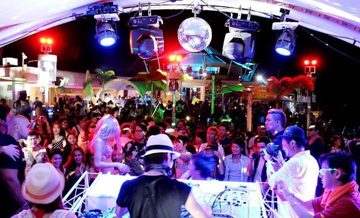 Ibiza Beach Club Movenpick Hotel Mactan Cebu