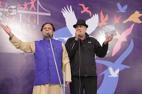 Devotional song by Jagat Geetkar and Dilbag Singh from Delhi