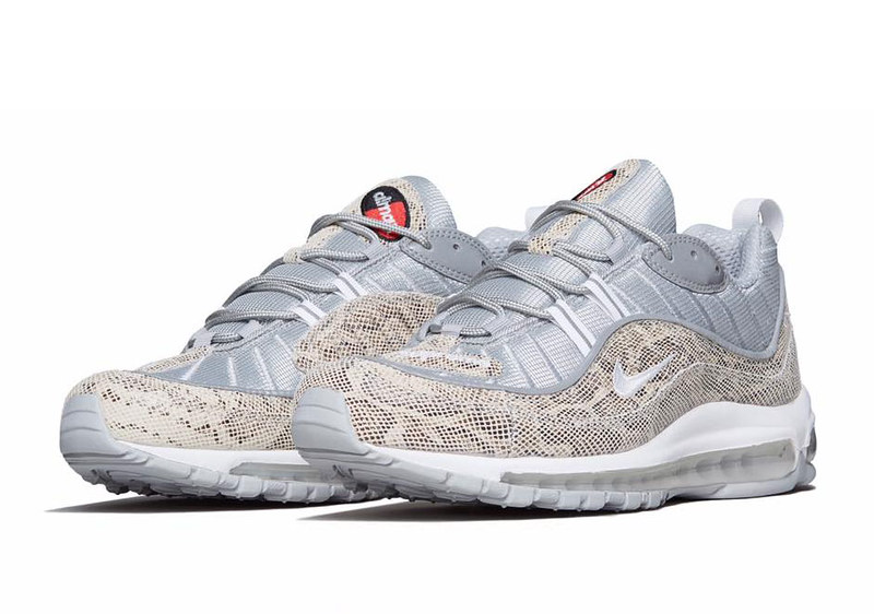 supreme-x-nike-air-max-98-sail-official-images-01 (1)