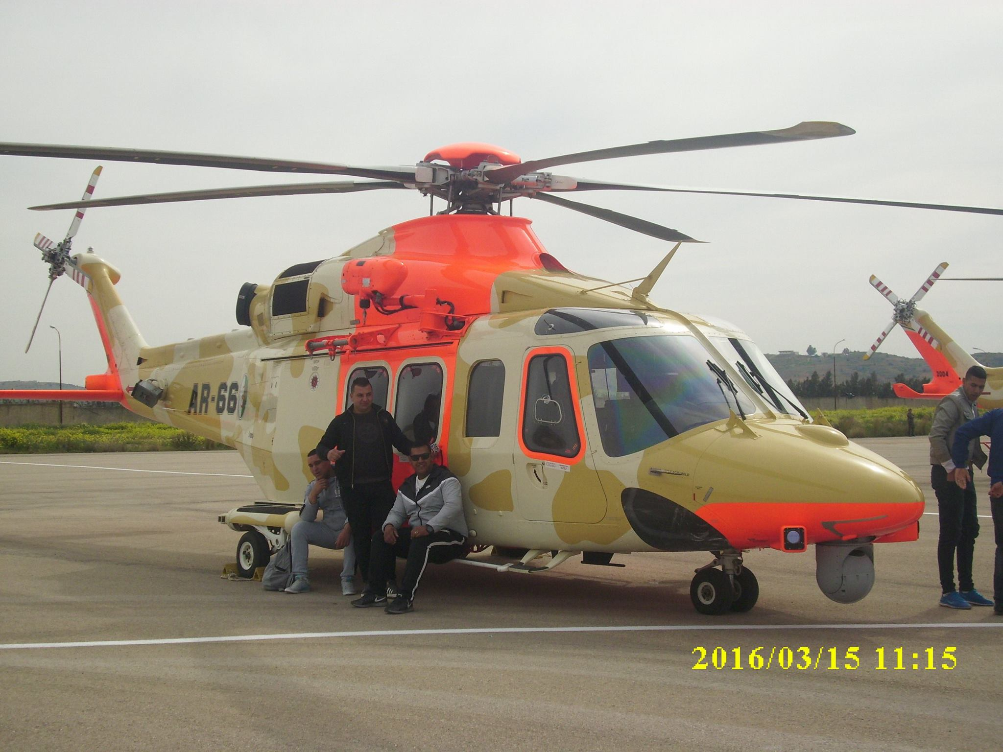 صور مروحيات القوات الجوية الجزائرية  [ AW-139 SAR ] - صفحة 2 25881218916_49333f1487_o