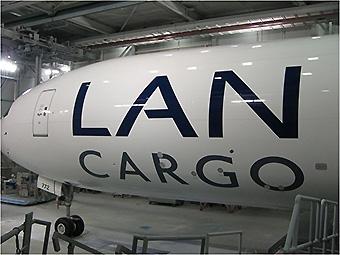 LAN Cargo B777F N772LA taller de pintura (LAN Cargo)