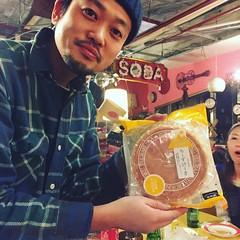 アキヨシとチーズケーキ( ´ ▽ ` )ノ
