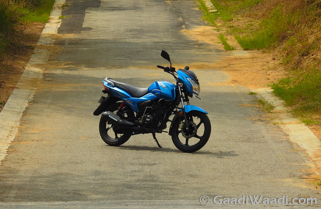 2016 TVS Victor Test Ride Review-37
