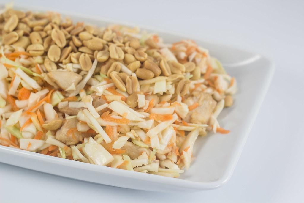 Kålsalat med kylling og peanuts /></a><br /> <a href=