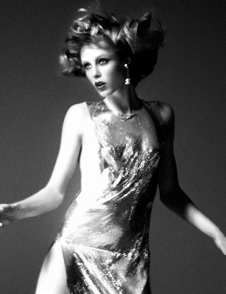 Эди Кэмпбелл — Фотосессия для «Vogue» FR 2016 – 11