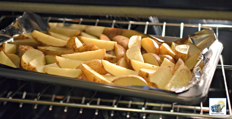 baking-potato-wedges-mom-home-guide
