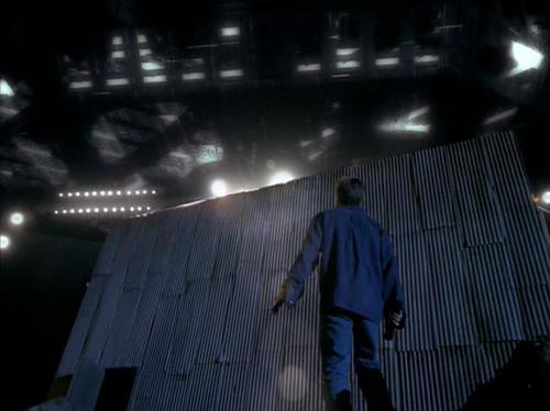 The X-Files - S03 - Paper Clip - 2