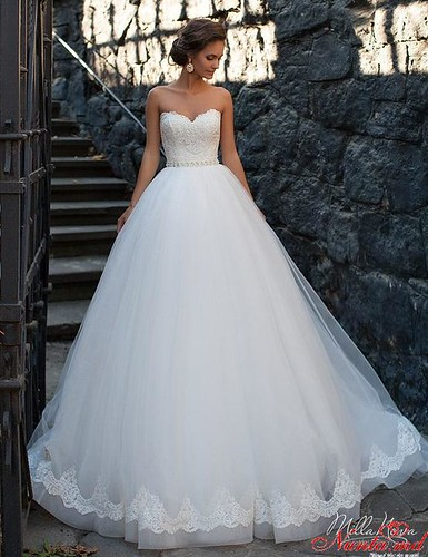 Salon de Mariaj Cocos-Tot luxul și eleganța modei de nuntă într-un singur loc! > SHARON