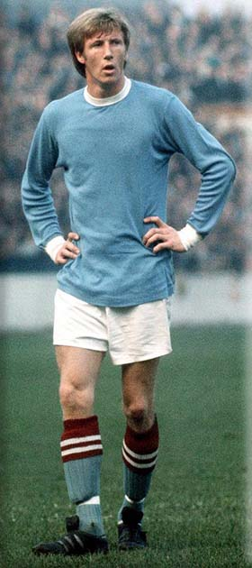 picture of Colin Bell