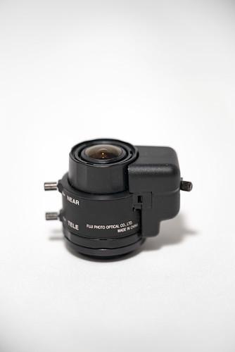 FUJINON  YV2.7x2.9LA-2 1:0.95/2.9-8mm